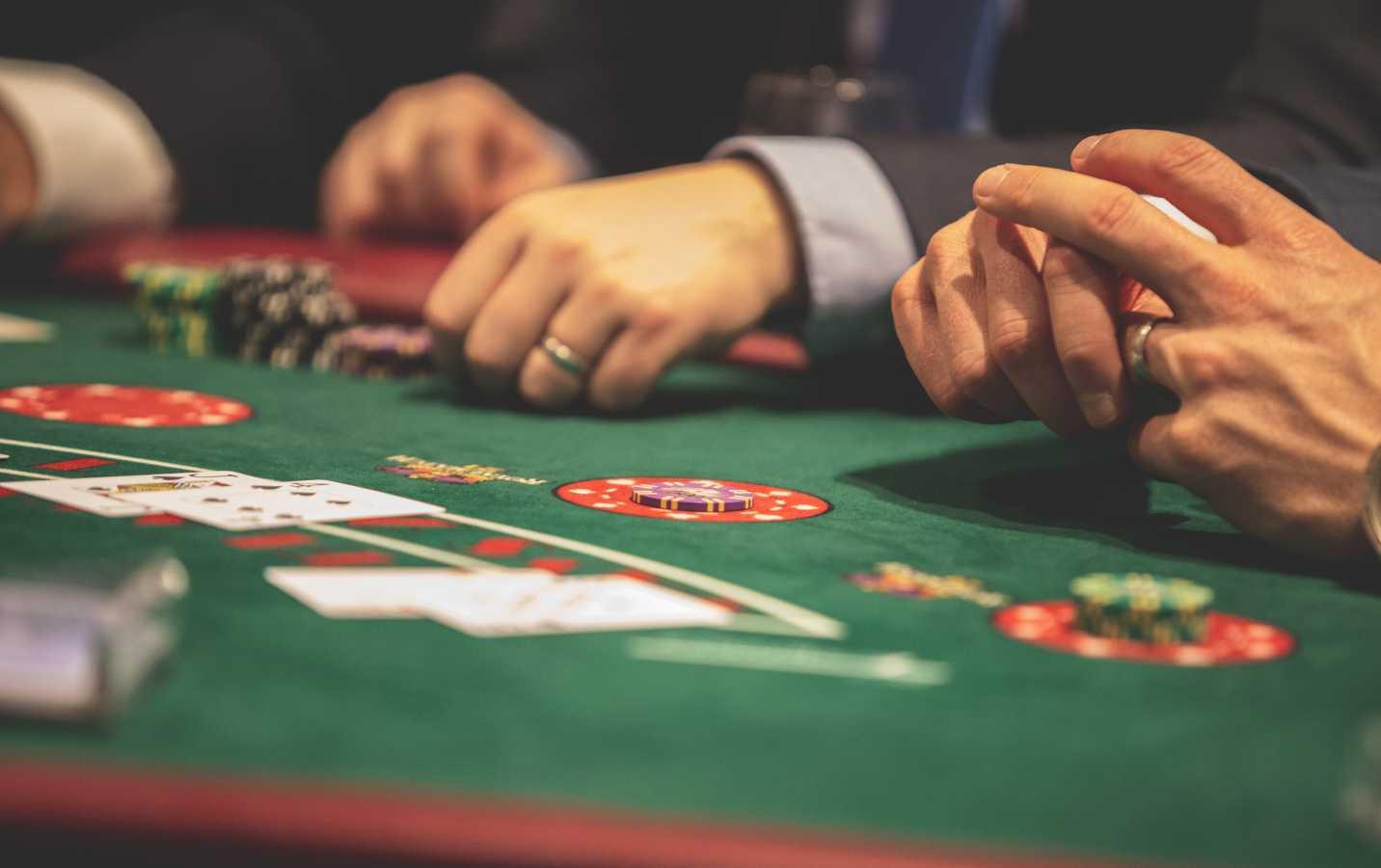 21-card-game-bet-black-jack-1871508